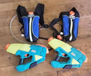 Used, 2 Nerf Super Soaker Max Infusion and 2 Water Overload Backpack (Martinsburg WV) for sale