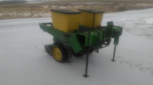 3 point John Deere 7000 2 row planter (Augusta Wis) for sale