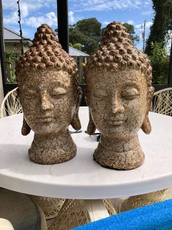 Pair of middle eastern bust - furniture - by owner - sale