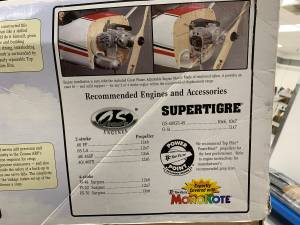 Great Planes Cessna 182 Skylane Model Airplane w/ Remote and Engine (Seattle) for sale  Seattle