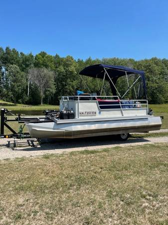 Pontoon - boats - by owner - marine sale