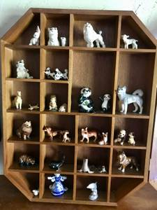 Miniature Ceramic Animals & Display Case (SUDBURY/FRAMINGHAM) for sale  Boston