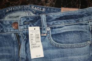 BRAND NEW: American Eagle Straight Stretch Jeans - 8 (Pataskala) for sale