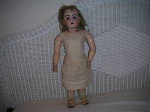 "ANTIQUE LARGE 28"" TALL BISQUE DOLL WITH GLASS SLEEP EYES GERMAN DOLL (burlingame), used for sale"