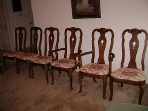 6 fabulous tall oak dining chairs and table vintage patina (Irving Dallas Texas), used for sale