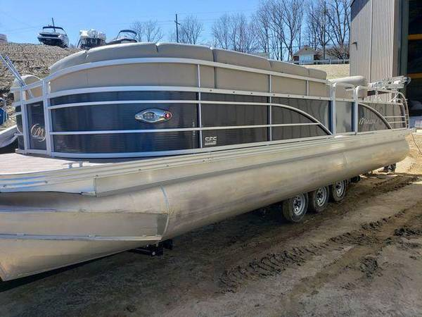 2014 manitou tri-toon loaded with options fui - boats - by owner -...