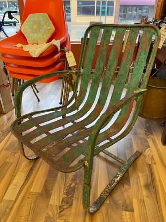 Antique bouncer metal slat lawn chair - furniture - by owner - sale