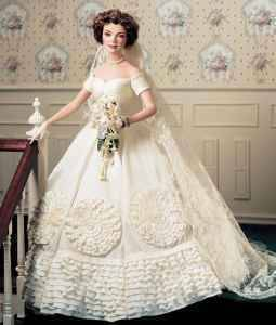 Used, Jacqueline Kennedy Porcelain Heirloom Bride Doll (Festus) for sale