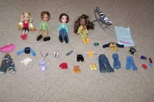 Mini Bratz and Boyz dolls with Clothing (Ham Lake) for sale