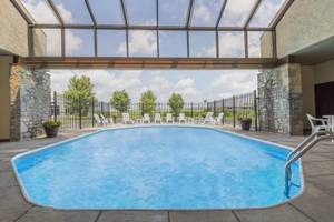 $219/WEEK**INCL. FREE BREAKFAST*WI-FI EXPANDED CABLE*NEWLY RENOVATED (DAYS INN HOTEL REYNOLDS RD./ I-80 MAUMEE) 1bd