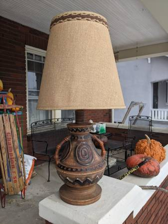 Vintage aztec style table lamp - furniture - by owner - sale