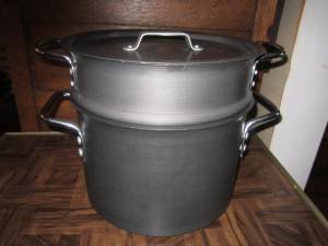 Used, Calphalon Commercial 8 quart Stock Pot, Lid, Pasta Insert for sale