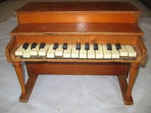 Used, schoenhut toy piano broken/parts/salvage (twinsburg) for sale
