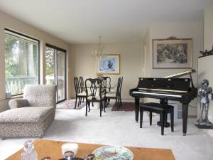 Furnished Lakeview Two Bedroom Rental (Federal Way) 2bd