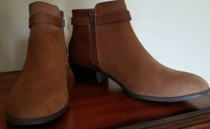 Ladies Ankle Boots (Bremerton) for sale