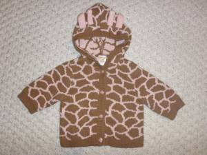 Gymboree baby girl size 0-3 months hooded knit giraffe sweater (New Westminster - Victoria Hill) for sale  Vancouver