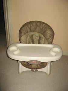 Space Saver Feeding Booster Seat / Chairs (thornhill), used for sale