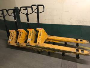 Used, Pallet Jack Delivered to Plymouth only $186 (Plymouth) for sale