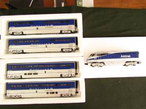 O Scale Am track Superliner electric train (Rosamond) for sale