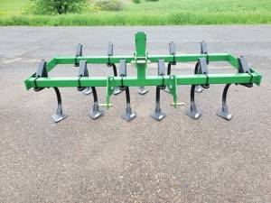 7'field cultivator 3 point (Augusta Wis) for sale