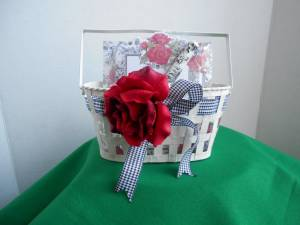 Cute Basket With 2 Note Pads & Pen (san jose west) for sale
