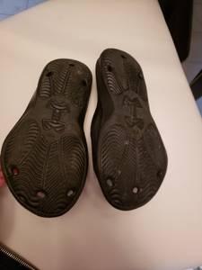Boys Umbro sandals- Youth size 2 (Tonawanda) for sale